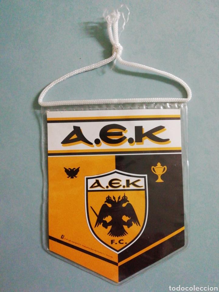 BANDERIN AEK F C. DE GRECIA (Coleccionismo Deportivo - Banderas y Banderines de Fútbol)