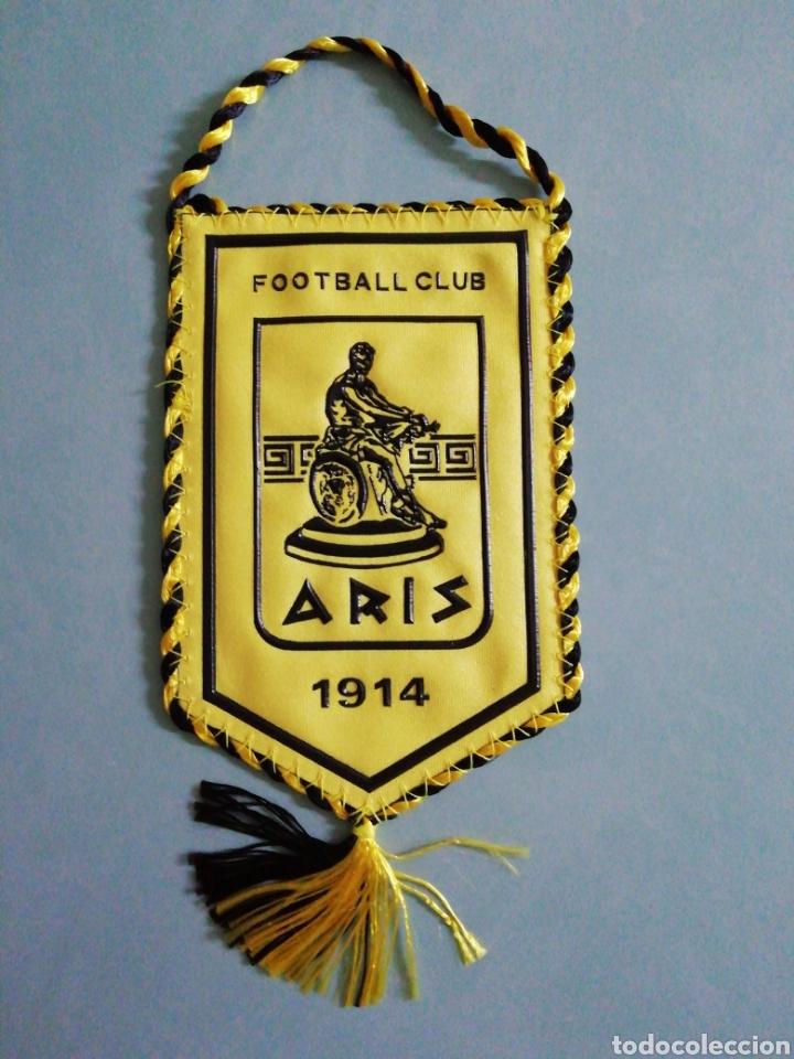 BANDERIN F. C. ARIS DE GRECIA (Coleccionismo Deportivo - Banderas y Banderines de Fútbol)