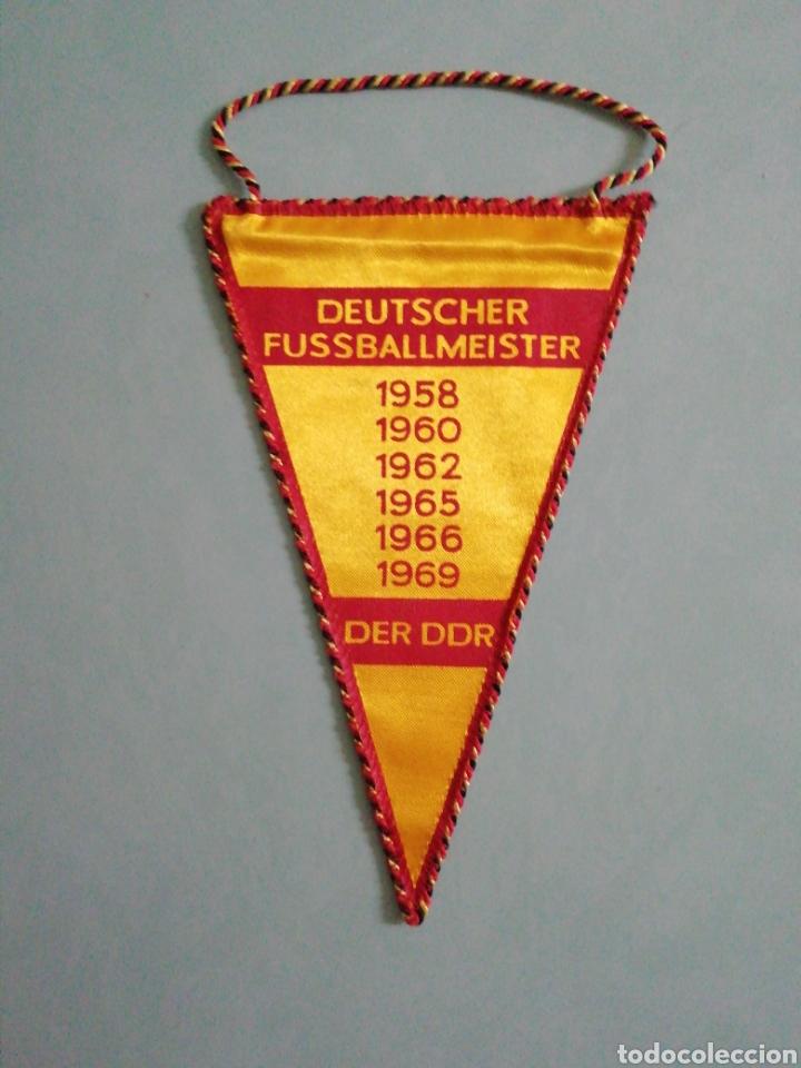 Coleccionismo deportivo: Banderin F. C. VORWÄRTS BERLIN de Alemania - Foto 2 - 206382690