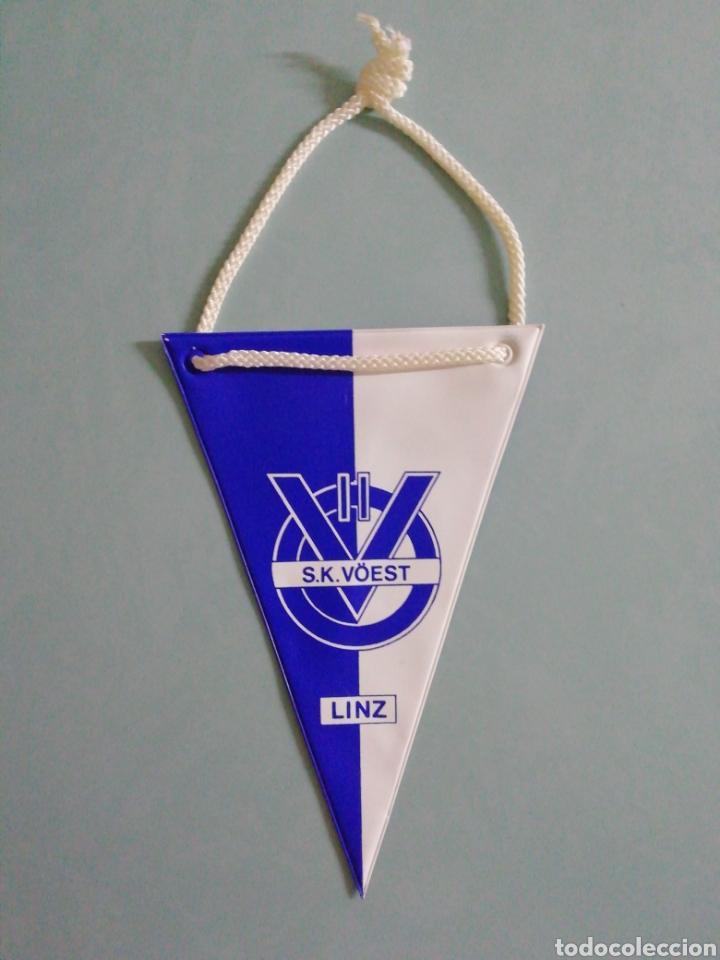 BANDERIN SK VOEST LINZ DE AUSTRIA (Coleccionismo Deportivo - Banderas y Banderines de Fútbol)
