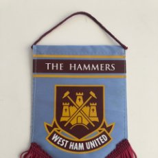 Coleccionismo deportivo: BANDERIN 17X11CM WEST HAM UNITED AÑOS 90 WHUFC HAMMERS LONDON UPTON PARK. Lote 206449935