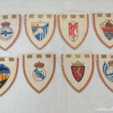 Coleccionismo deportivo: LOTE DE 8 BANDERINES DE EQUIPOS DE FUTBOL/MADRID-REAL SOCIEDAD-JAEN-VALENCIA.. Lote 208490210