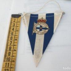 Coleccionismo deportivo: BANDERIN REAL CLUB DEPORTIVO DE LA CORUÑA 6-10-1965 FIRMADO. Lote 208927215