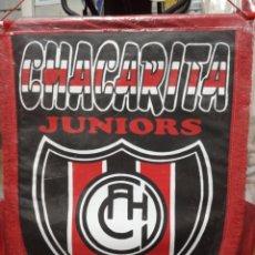 Coleccionismo deportivo: BANDERÍN DEL CLUB CHACARITA JUNIORS (ARGENTINA). Lote 210148890