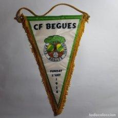 Coleccionismo deportivo: BANDERIN CLUB FUTBOL BEGUES - BARRA PARTIDA. Lote 210787011