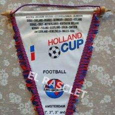 Coleccionismo deportivo: ANTIGÜO BANDERIN - FOOTBALL - COPA DE HOLANDA - AGOSTO 1990. Lote 212620086