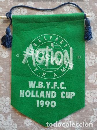 ANTIGÜO BANDERIN BELFAST ACTION TEAM - COPA DE HOLANDA DE 1990 (Coleccionismo Deportivo - Banderas y Banderines de Fútbol)
