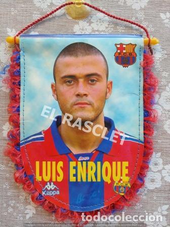 ANTIGÜO BANDERIN DE LUIS ENRIQUE -FC. BARCELONA (Coleccionismo Deportivo - Banderas y Banderines de Fútbol)