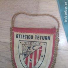 Coleccionismo deportivo: BANDERÍN FÚTBOL VALLADOLID ATLÉTICO TETUAN. Lote 213811783