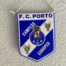 Collezionismo sportivo: BANDERÍN FUTBOL PORTO VIENA 1987 FUTEBOL CLUBE DO PORTO PENNANT. Lote 214555048
