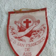 Coleccionismo deportivo: BANDERIN C.D SAN FRANCISCO DE ASIS. Lote 216620672