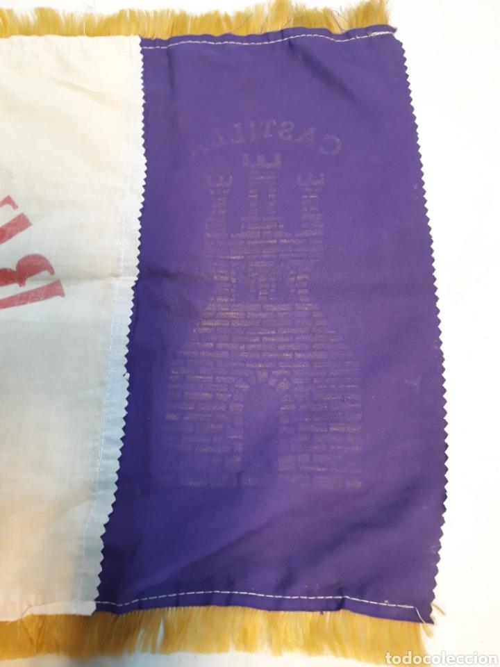 Coleccionismo deportivo: Antigua bandera del real Madrid - Foto 6 - 218667817