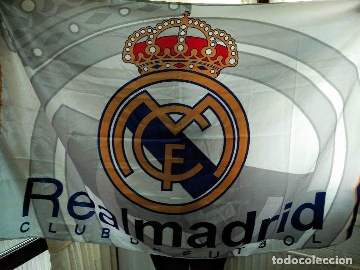 Coleccionismo deportivo: LOTE DE ESTANDARTE Y BANDERA DEL REAL MADRID - Foto 5 - 218694757