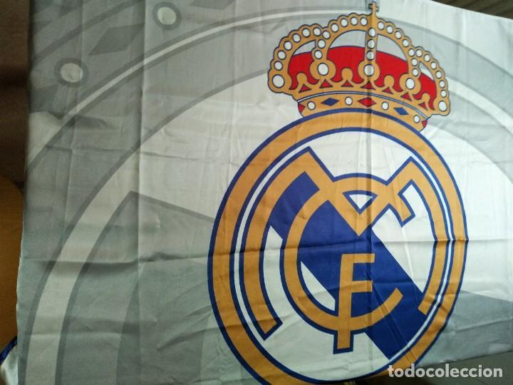 Coleccionismo deportivo: LOTE DE ESTANDARTE Y BANDERA DEL REAL MADRID - Foto 6 - 218694757
