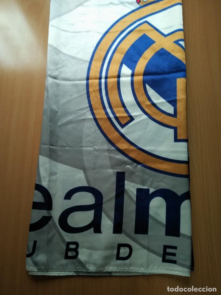 Coleccionismo deportivo: LOTE DE ESTANDARTE Y BANDERA DEL REAL MADRID - Foto 8 - 218694757