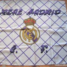Coleccionismo deportivo: BANDERA FLAG REAL MADRID 63 X 59 CASI COMO NUEVA, BUENA CONSERVACION FLAGGE DRAPEAU R29. Lote 219283072