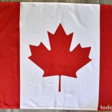 Coleccionismo deportivo: BANDERA DE CANADÁ CON OJALES. Lote 222155120