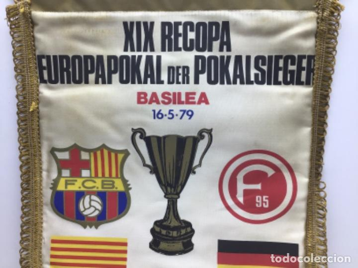 Coleccionismo deportivo: BANDERIN XIX RECOPA EUROPAPOKAL BASILEA 1979 - F.C.BARCELONA-DUSSELDORFER.F - Foto 2 - 222726940