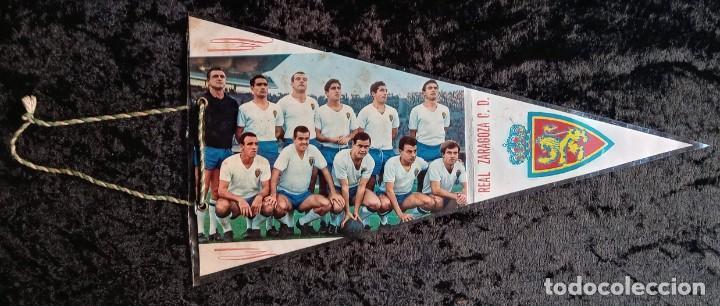 Coleccionismo deportivo: BANDERIN ANTIGUO FUTBOL REAL ZARAGOZA CD SUBCAMPEON COPA GENERALISIMO 1965 - LOS MAGNIFICOS - Foto 2 - 224249470