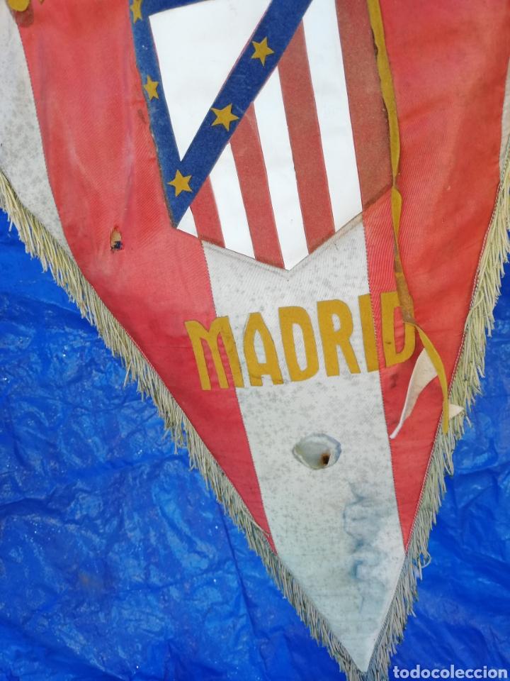 Coleccionismo deportivo: Antiguo banderin del club ATLÉTICO MADRID..tamaño grande.. - Foto 3 - 230031765
