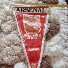 Coleccionismo deportivo: BANDERIN DEL ARSENAL 1971. Lote 233484775