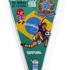 Coleccionismo deportivo: MUNDIAL FUTBOL 1966 GIOR. 8 BANDERINES. BRASIL, URUGUAY, CHILE MEXICO, PORTUGAL, FRANCIA RUSIA SUIZA. Lote 236059910