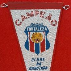 Collezionismo sportivo: BANDERIN FUTBOL BRASIL FORTALEZA CLUBE DA GAROTADA CAMPEONATO 1973 ORIGINAL B3. Lote 237481195