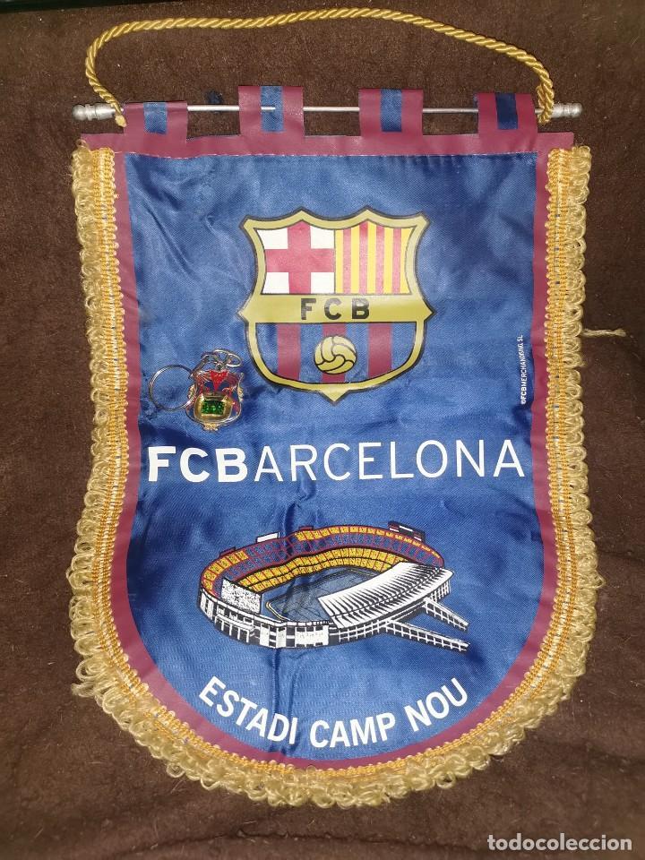 BANDERÍN OFICIAL DEL FÚTBOL CLUB BARCELONA Y LLAVERO (Coleccionismo Deportivo - Banderas y Banderines de Fútbol)