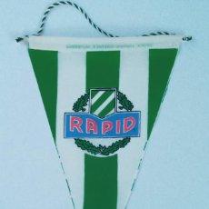 Coleccionismo deportivo: BANDERIN RAPID DE VIENA, AÑOS 80, AUSTRIA. Lote 254078120