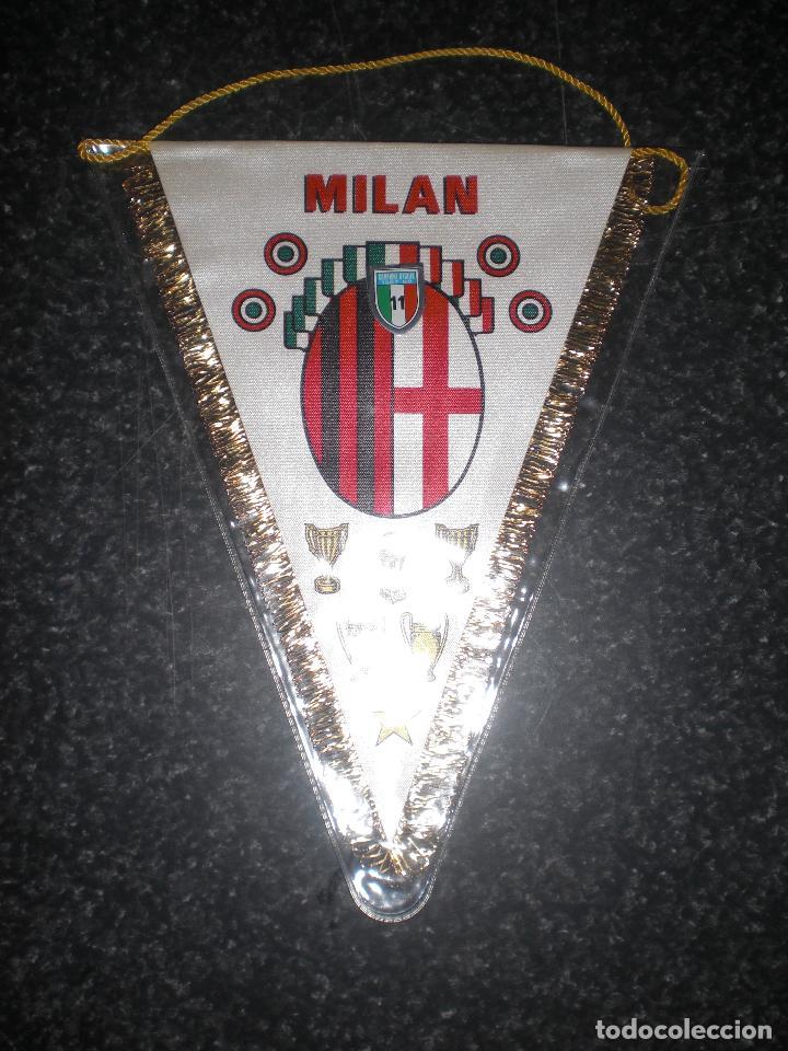 BANDERÍN MILAN CALCIO ITALIA (Coleccionismo Deportivo - Banderas y Banderines de Fútbol)