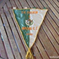 Coleccionismo deportivo: BANDERIN BORDADO DE EQUIPO DE FUTBOL C,D CACEREÑO A IMPERIO C. F. 5 MAYO DE 1968 PARTIDO. Lote 263225030
