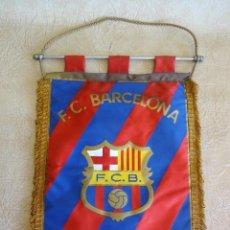 Coleccionismo deportivo: BANDERIN BARÇA F.C. BARCELONA TAMAÑO GRANDE AÑOS 70 - 80. Lote 268923059