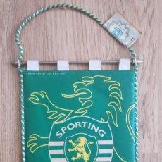 Coleccionismo deportivo: SPORTING LISBON 2001 BANDERIN FUTBOL PENNANT. Lote 268997709