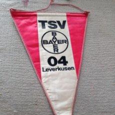 Collectionnisme sportif: BANDERÍN BORDADO TSV BAYER 04 LEVERKUSEN. Lote 274882413