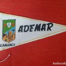 Coleccionismo deportivo: CLUB DE FUTBOL ADEMAR SALAMANCA BANDERIN AÑOS 50. Lote 275784338