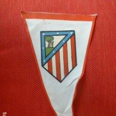 Coleccionismo deportivo: FUTBOL CLUB ATLETICO DE MADRID BANDERIN AÑOS 50. Lote 275784378