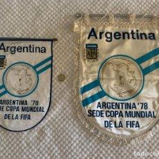 Collectionnisme sportif: 2 BANDERINES EXCLUSIVOS DE FÚTBOL - ARGENTINA SEDE COPA MUNDIAL DE LA FIFA - 1978 - TAMAÑO GRANDE -. Lote 275793353