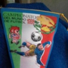 Coleccionismo deportivo: MEXICO CAMPEONATO MUNDIAL DE FUTBOL 1966 BANDERIN DE GIOR. Lote 277114508