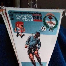 Coleccionismo deportivo: ARGENTINA CAMPEONATO MUNDIAL DE FUTBOL 1966 BANDERIN DE GIOR. Lote 277114583
