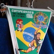 Coleccionismo deportivo: BRASIL CAMPEONATO MUNDIAL DE FUTBOL 1966 BANDERIN DE GIOR. Lote 277151693