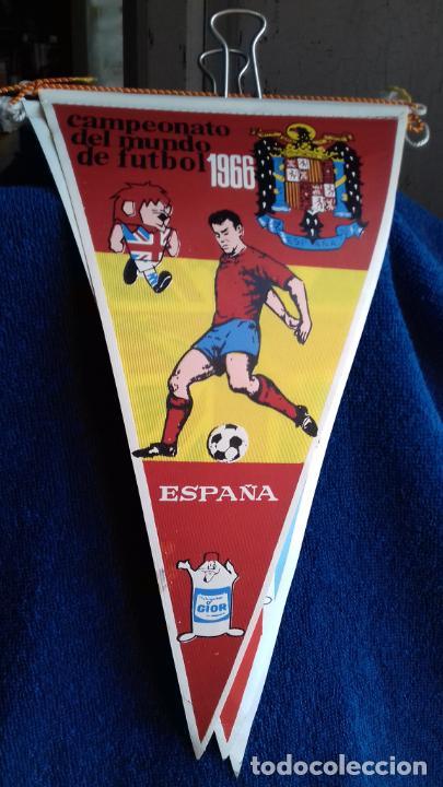 ESPAÑA CAMPEONATO MUNDIAL DE FUTBOL 1966 BANDERIN DE GIOR (Coleccionismo Deportivo - Banderas y Banderines de Fútbol)