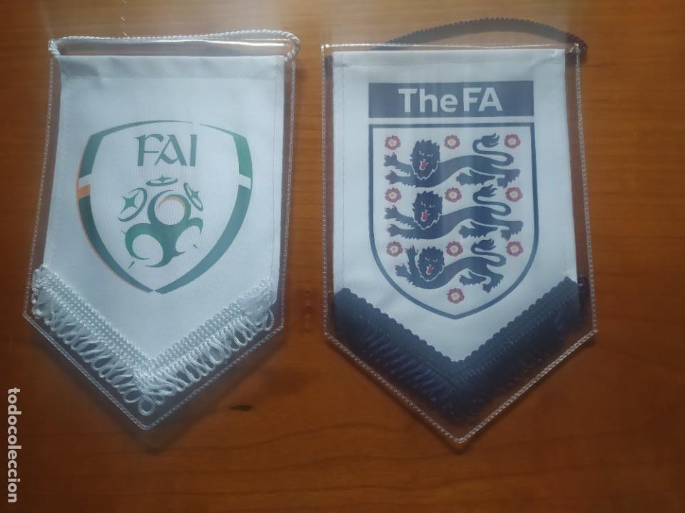 BANDERINES INGLATERRA E IRLANDA (Coleccionismo Deportivo - Banderas y Banderines de Fútbol)