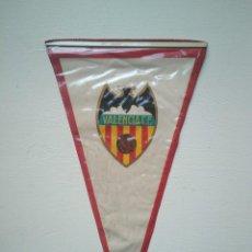 Coleccionismo deportivo: ANTIGUO BANDERÍN VALENCIA CLUB DE FÚTBOL. Lote 278412903