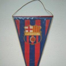 Coleccionismo deportivo: ANTIGUO BANDERÍN FCB, CLUB DE FÚTBOL BARCELONA. Lote 278413303