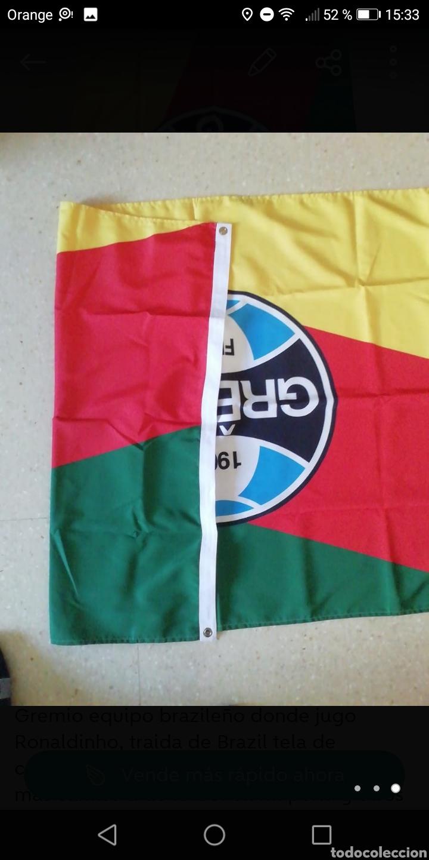 Coleccionismo deportivo: Bandera fútbol gremio 130 x85cm, equipo donde jugo Ronaldinho tela de calidad doble cara - Foto 3 - 278479878