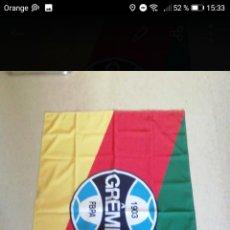 Coleccionismo deportivo: BANDERA FÚTBOL GREMIO 130 X85CM, EQUIPO DONDE JUGO RONALDINHO TELA DE CALIDAD DOBLE CARA. Lote 278479878