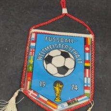 Coleccionismo deportivo: BANDERIN ALEMANIA 74 - CAR87. Lote 287956348