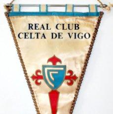 Coleccionismo deportivo: BANDERÍN CELTA DE VIGO AÑOS 50. Lote 288601363