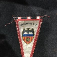Coleccionismo deportivo: BANDERÍN ANTIGUO VALENCIA CF. Lote 294052163