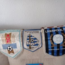 Coleccionismo deportivo: TRES BANDERINES FÚTBOL URUGUAYO. Y ANUARIO 1987. ESPECIAL. MUY RARO. RARO. Lote 294053738